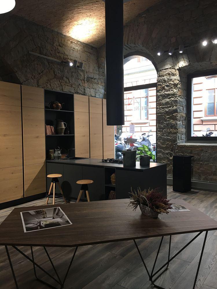 Punto Vendita Zanutta Di Trieste Cucine Ed Arredamento